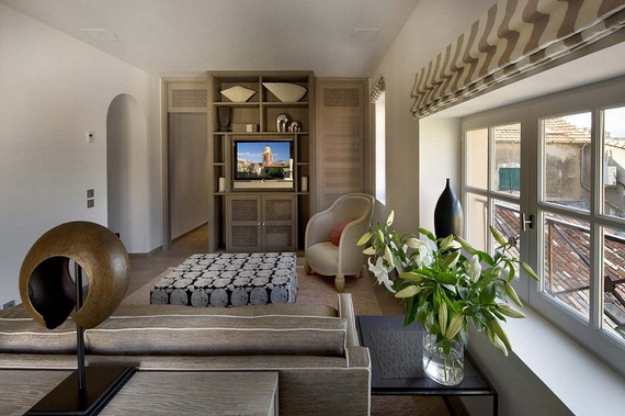 A Magnificent Family Rental Home In The Center Of St Tropez_02