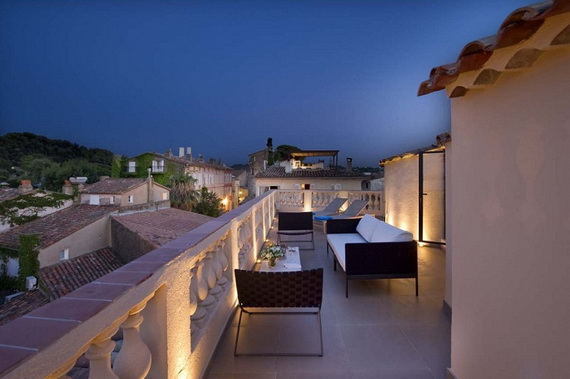 A Magnificent Family Rental Home In The Center Of St Tropez_13