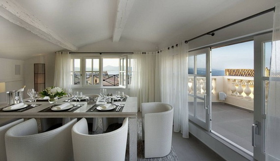 A Magnificent Family Rental Home In The Center Of St Tropez_17