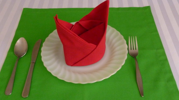Creative Napkin Folds for Your Holiday Table (24)