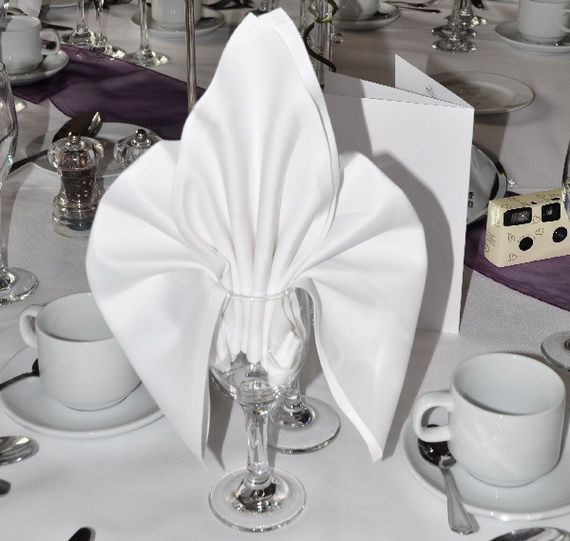 Creative Napkin Folds for Your Holiday Table (28)
