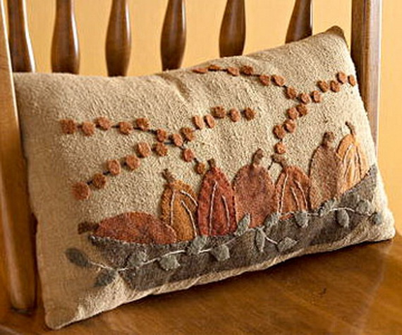 Handmade Pillows for the Holidays_11 (2)