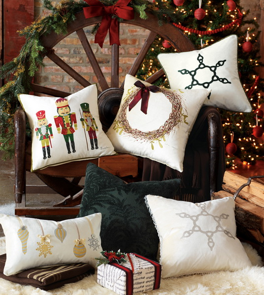 Handmade Pillows for the Holidays_12