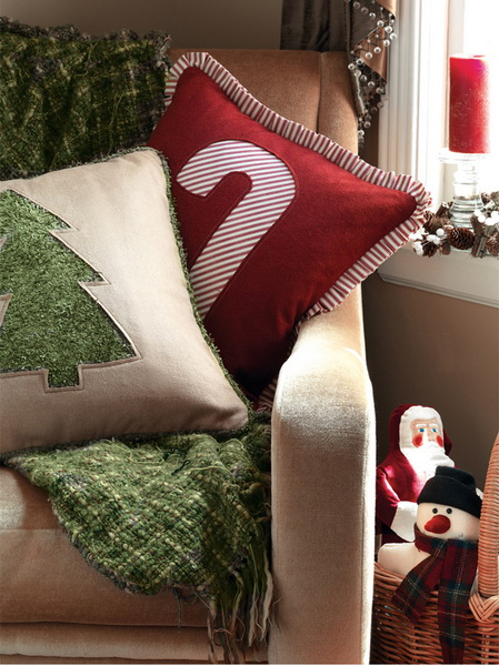 Handmade Pillows for the Holidays_13
