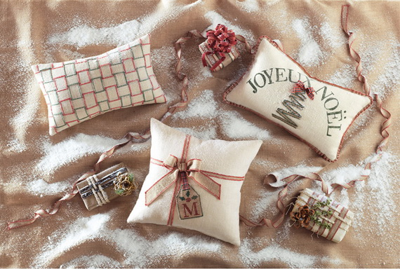 Handmade Pillows for the Holidays_19
