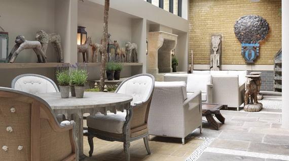 Inside New Luxury Boutique Hotel Ham Yard In London_77