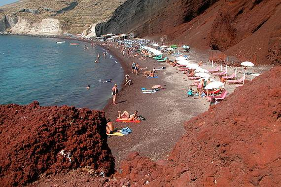 The-Stunning-Santorini-Island-Greece-Santorinis-Red-Beach_1