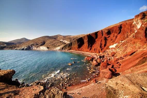 The-Stunning-Santorini-Island-Greece-Santorinis-Red-Beach_3
