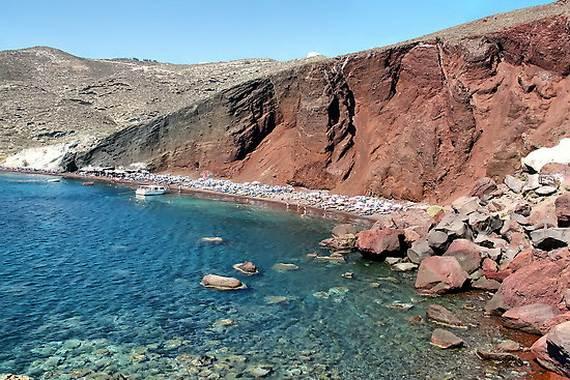 The-Stunning-Santorini-Island-Greece-Santorinis-Red-Beach_5