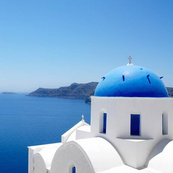 The-Stunning-Santorini-Island-Greece_04