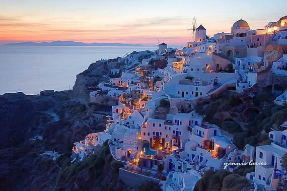 The-Stunning-Santorini-Island-Greece_05