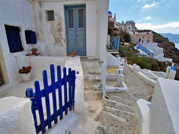 The-Stunning-Santorini-Island-Greece_11