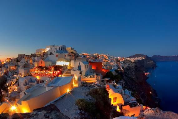 The-Stunning-Santorini-Island-Greece_12