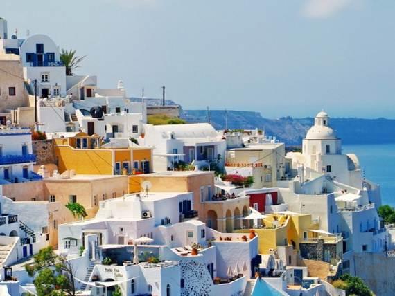 The-Stunning-Santorini-Island-Greece_Fira-the-capital_1