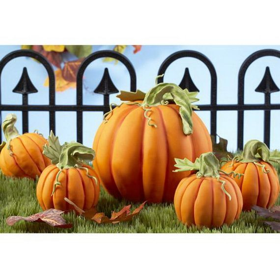 45 Edible Decoration Ideas for Halloween Cakes and Cupcake (3)