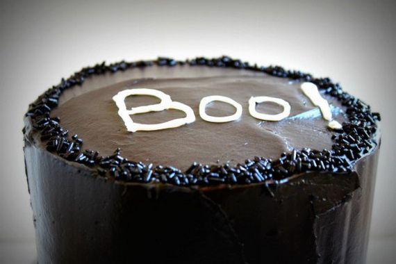 45 Edible Decoration Ideas for Halloween Cakes and Cupcakes_22