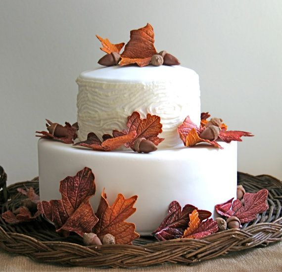 45 Edible Decoration Ideas for Halloween Cakes and Cupcakes_30
