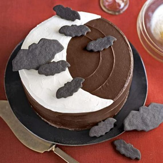 45 Edible Decoration Ideas for Halloween Cakes and Cupcakes_38