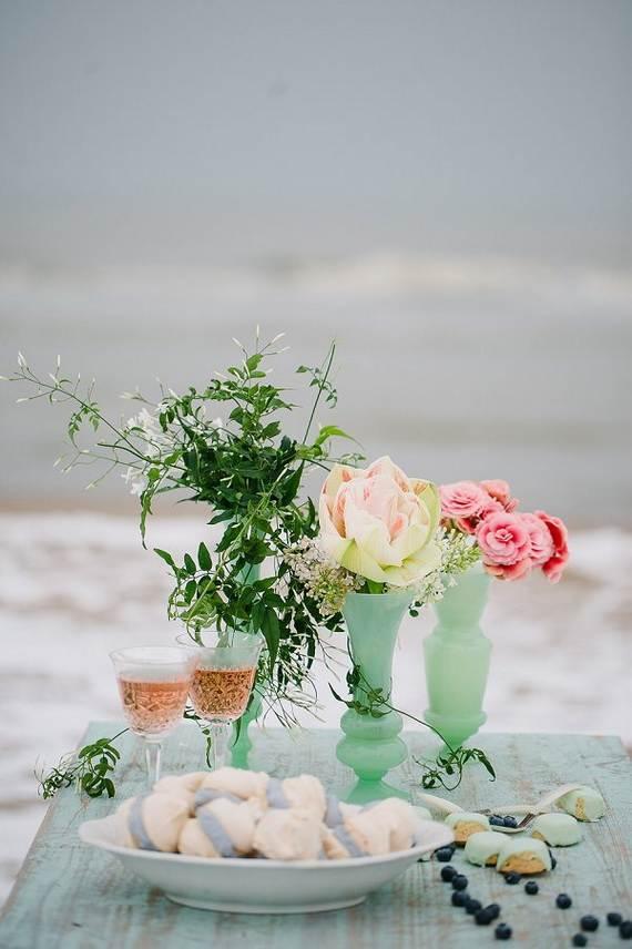 Pure-Romantic-Wedding-Decor-Ideas-_14
