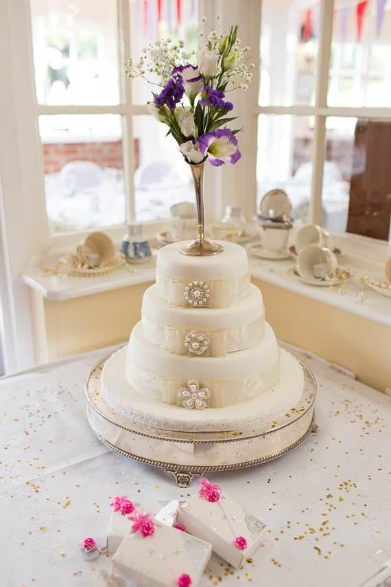 Pure-Romantic-Wedding-Decor-Ideas-_20