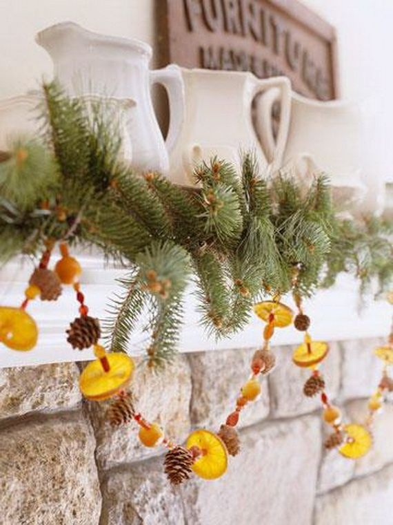 35 Gorgeous Holiday Mantel Decorating Ideas with Pine cones_06