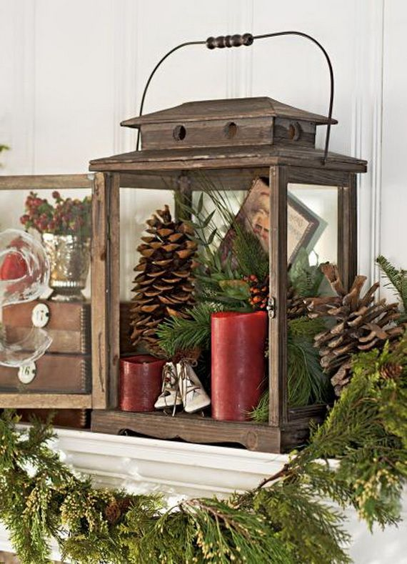 35 Gorgeous Holiday Mantel Decorating Ideas with Pine cones_14