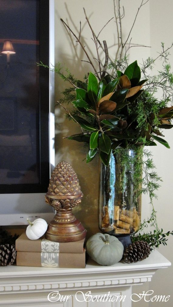 35 Gorgeous Holiday Mantel Decorating Ideas with Pine cones_24