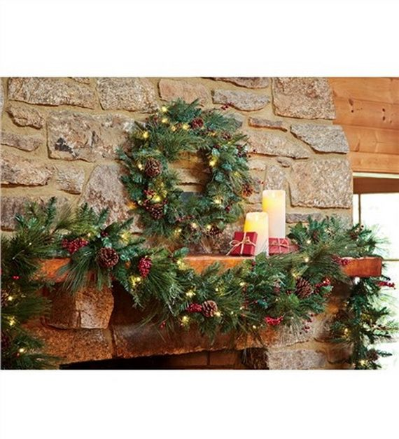 35 Gorgeous Holiday Mantel Decorating Ideas with Pine cones_32