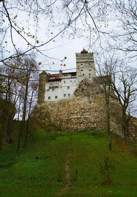 Best Destinations for Halloween Bran Castle - Dracula's Castle_07