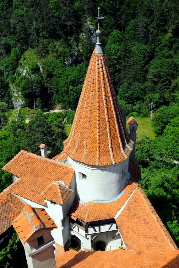 Best Destinations for Halloween Bran Castle - Dracula's Castle_14