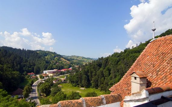 Best Destinations for Halloween Bran Castle - Dracula's Castle_17