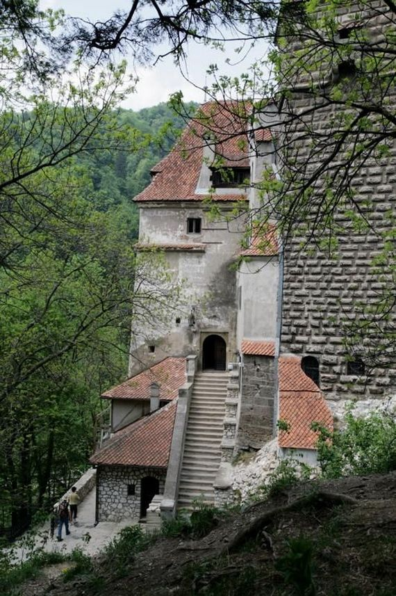 Best Destinations for Halloween Bran Castle - Dracula's Castle_24