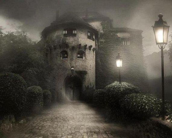 Best Destinations for Halloween Bran Castle - Dracula's Castle_25
