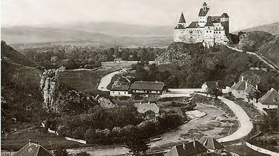 Best Destinations for Halloween Bran Castle - Dracula's Castle_42