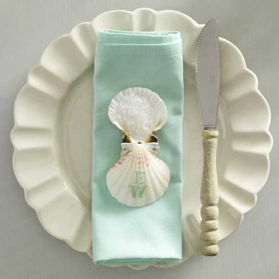 Creative Elegant Napkin Ideas You Can't Screw Up For Any Occasion_04