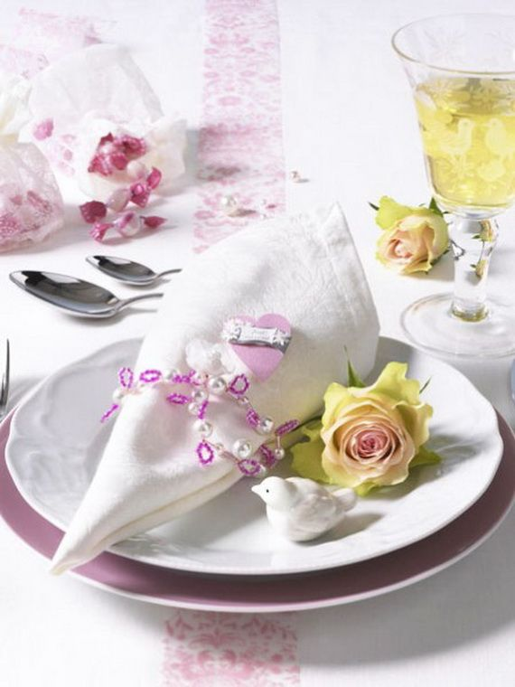 Creative Elegant Napkin Ideas You Can't Screw Up For Any Occasion_29