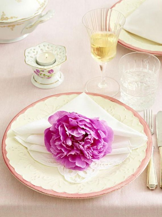 Creative Elegant Napkin Ideas You Can't Screw Up For Any Occasion_30