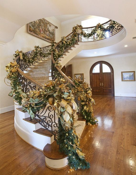 Festive Holiday Staircases and Entryways_24