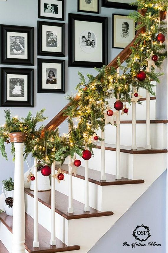 Festive Holiday Staircases and Entryways_35