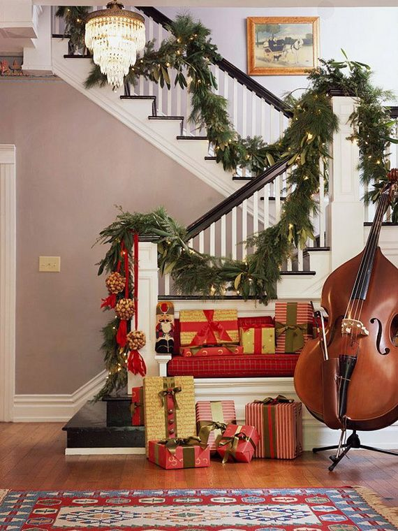 Festive Holiday Staircases and Entryways_44