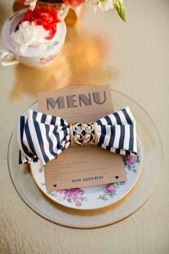 Napkin Folding – Seasonal Ideas For Table Decoration_23