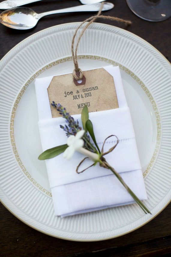 Napkin Folding – Seasonal Ideas For Table Decoration_25