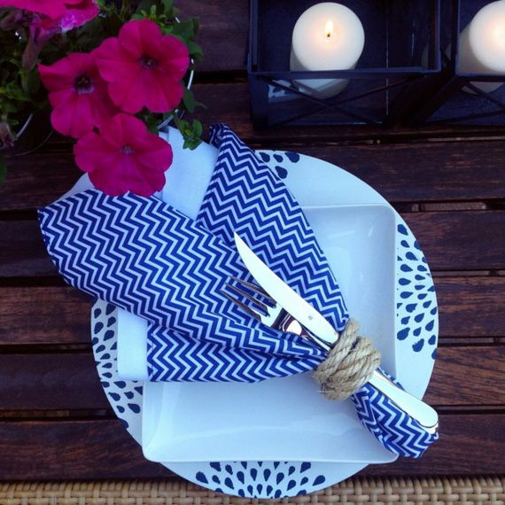 Napkin Folding – Seasonal Ideas For Table Decoration_37