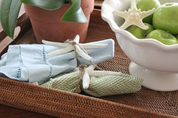 Napkin Folding – Seasonal Ideas For Table Decoration_50