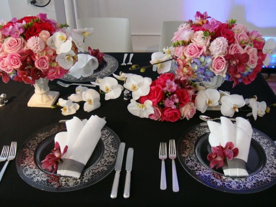 Napkin Folding – Seasonal Ideas For Table Decoration_65