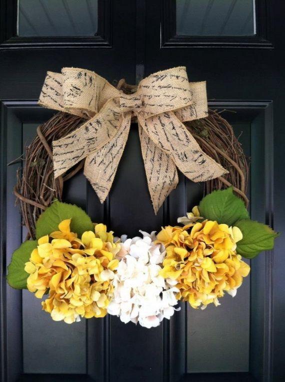 Splendid Fall Wreaths & Door Decoration Ideas And Inspiration_031