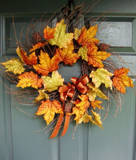Splendid Fall Wreaths & Door Decoration Ideas And Inspiration_043