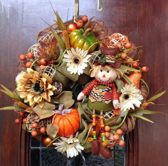 Splendid Fall Wreaths & Door Decoration Ideas And Inspiration_073