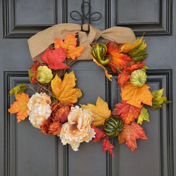Splendid Fall Wreaths & Door Decoration Ideas And Inspiration_078
