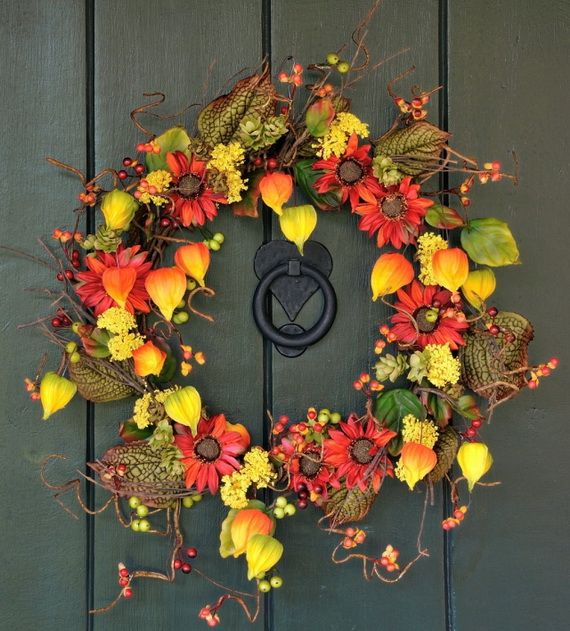 Splendid Fall Wreaths & Door Decoration Ideas And Inspiration_085